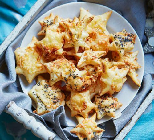Полезные безглютеновые крекеры с сыром